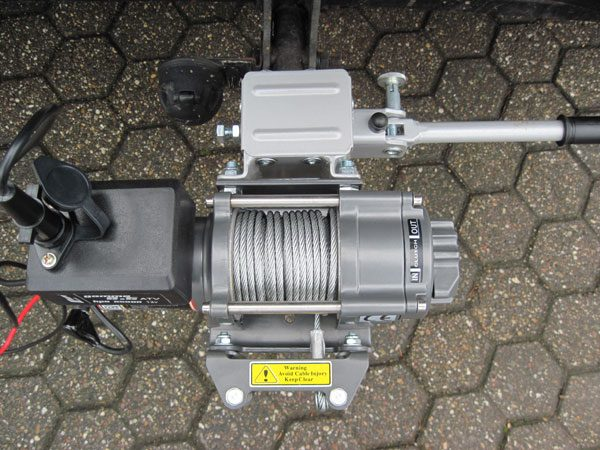 Electric Hitch Mounted Winch Model 3.5, bis 1.588 kg, including quick release steel cable ( 12.8M cable) [651350]